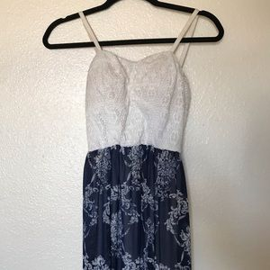 Padded Long White and Blue Summer Dress